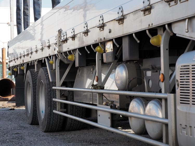 大型鋼材鋼管輸送事業-真里物流株式会社
